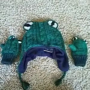 Gap Frog Knit Hat with Mittens 2-4 years